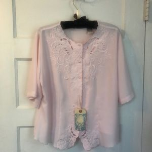 Gorgeous Vintage button front blouse